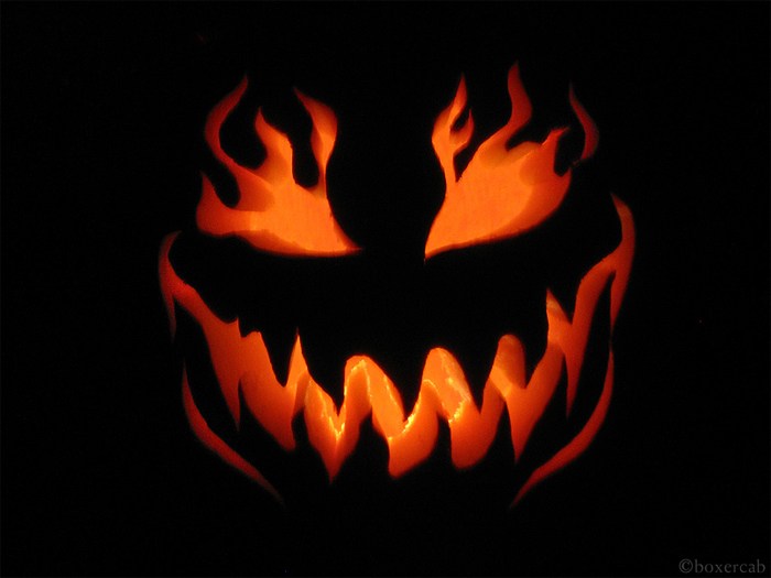 Gallery for scary jack o lantern - Deco citrouille pour halloween ...